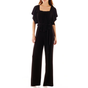 DP1125201417021330M 10 Black Jumpsuits To Take You From Conference Call to Cocktail Hour