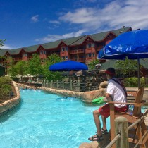 lazy river wilderness smokies waterpark Tennessee
