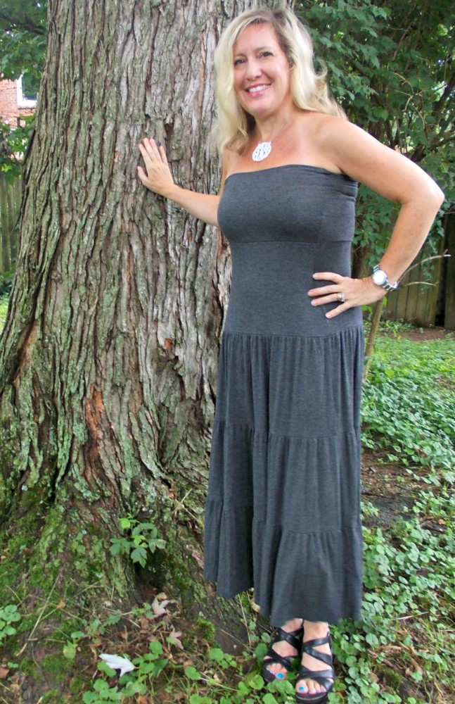 summer maxi dress blonde mom blog