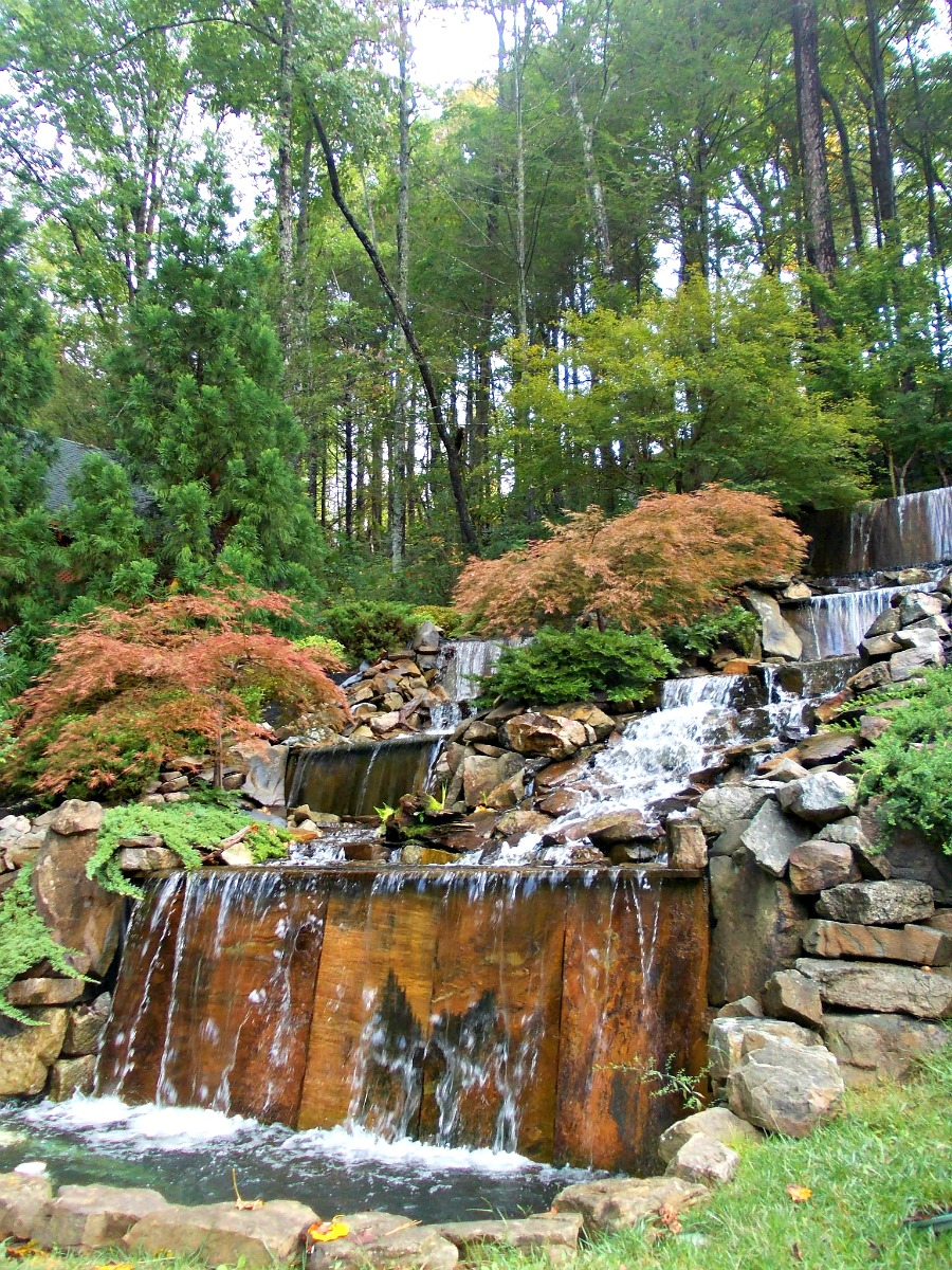Gatlinburg Falls Resort Waterfall