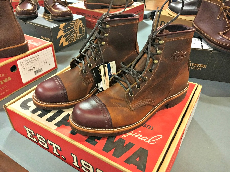chippewa-lace-up-boots